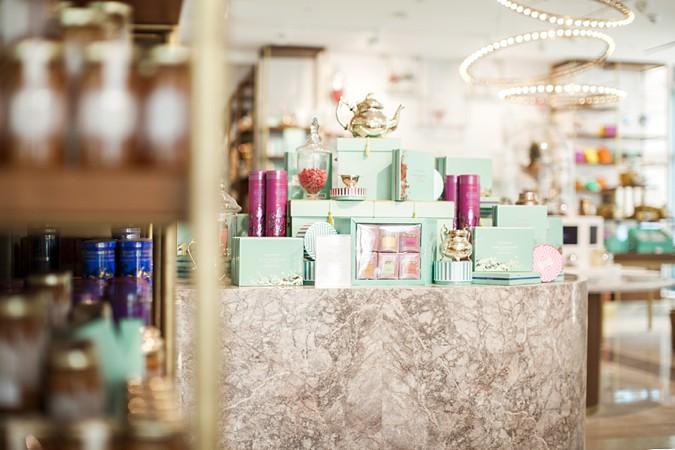 Maria+Sundin+Photography+Fine+Art+Film+Dubai+Dubai+Mall+Store+Fortnum+and+Maison+Bride+Club+ME+Blush+Beauty+Diaries+Lifestyle+Commercial+Photographer__0006
