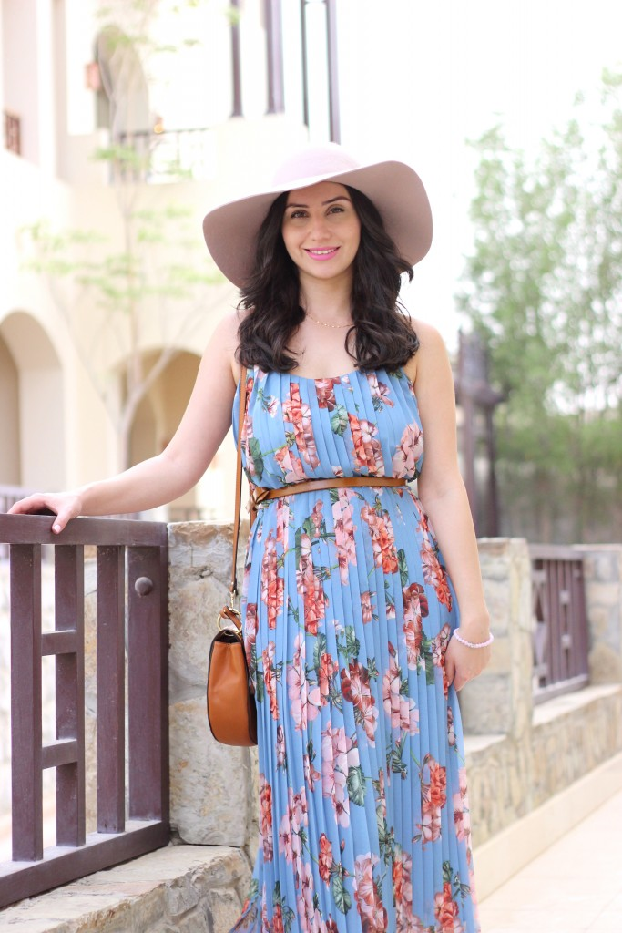 Mauve Hat,Blue, Floral dress, midi, dubai