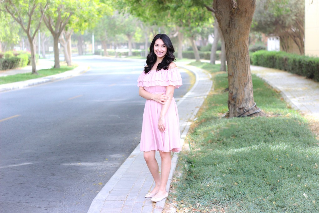 Off-shoulder Pink Dresss