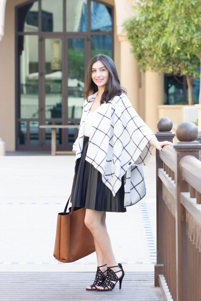 Checkered Cape